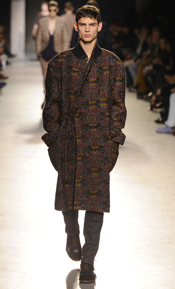 dries-van-noten-fall-winter-2013-14-menswear-collection-05
