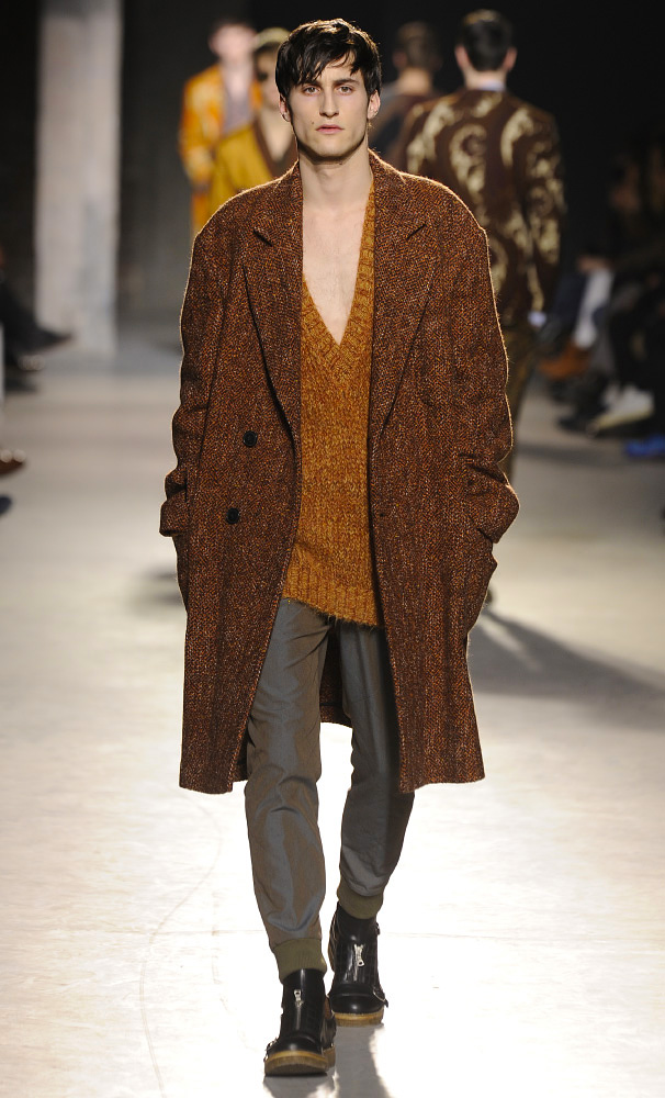 dries-van-noten-fall-winter-2013-14-menswear-collection-25