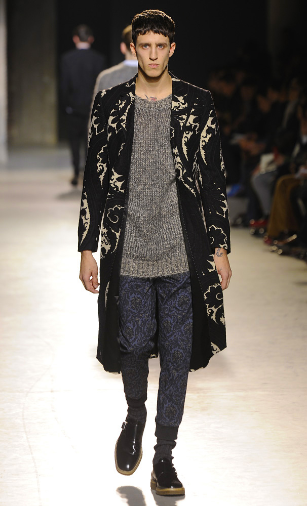 dries-van-noten-fall-winter-2013-14-menswear-collection-52
