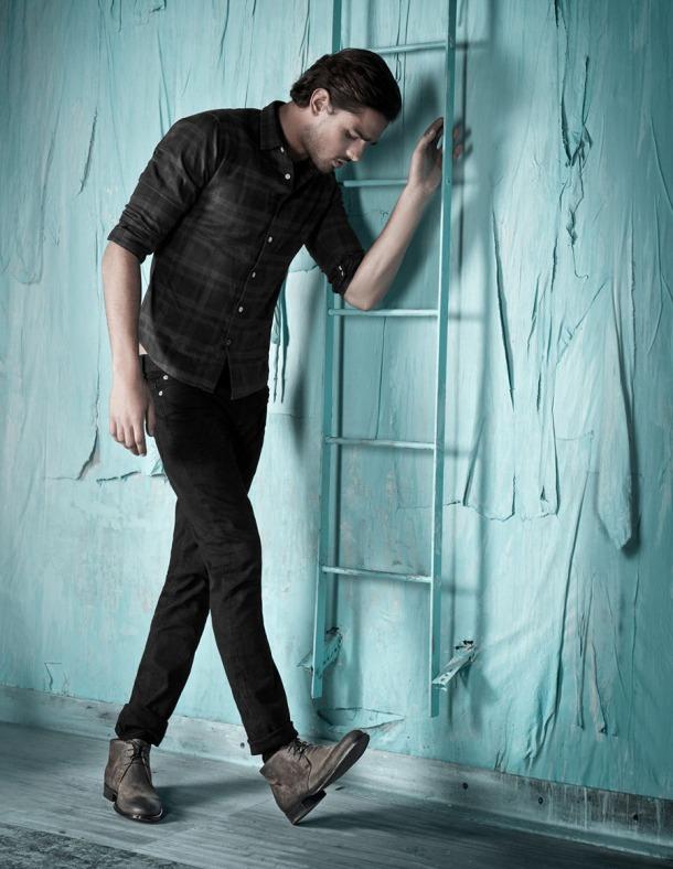Model-Marlon-Teixeira-Browns-Shoes-FallWinter-2013-Dailymalemodels-03