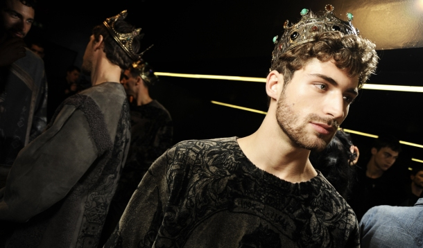 dolce-and-gabbana-fall-winter-2014-2015-men-fashion-show-models-backstage-photos-42