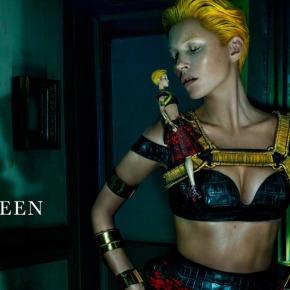 El mejor momento de Kate Moss >>> Alexander McQueenSS2014
