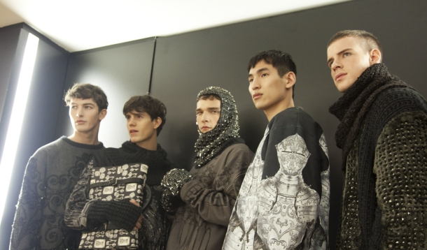 male-models-casting-backstage-dolce-and-gabbana-fall-winter-2014-2015-photos-52
