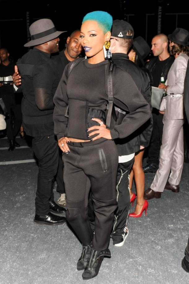[91065] sharaya-j-party-awxhm.jpg_low
