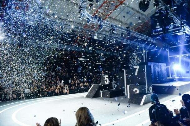 [91069] confetti-runway.jpg_low